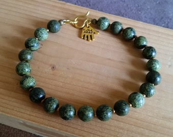 GREEN RUSSIAN SERPENTINE Round Stone Bead Bracelet. Choice of 6mm, 8mm or 10mm Beads. All Sizes. Simple Mens Womens Green Stone Bracelet.