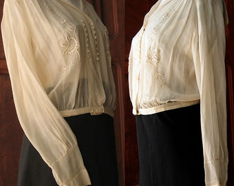 Antique Blouse with Sailor Collar