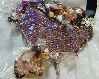 Necklace embroidered and decorated, extravagant beaded necklace, jewelry for her, sequins, ceremony jewelry, sassy necklace