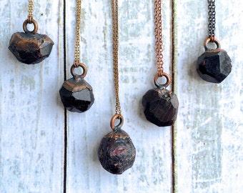 Raw garnet necklace | Garnet crystal necklace | Raw garnet pendant on copper chain | Rough garnet crystal pendant | Electroformed garnet