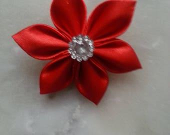 5 cm fleur tissu de satin rouge  petales pointus