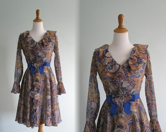 60s Cocktail Dress - Vintage Blue Paisley Cotton Lawn Dress - Romantic 60s Dolly Dress Ruffled Collar - Vintage 1960s Dress S
