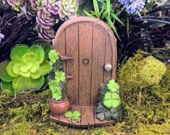 Miniature Shamrock Fairy Door