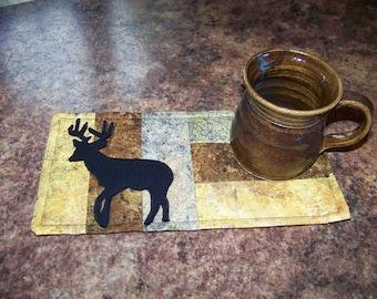 LOG CABIN - Deer - Applique Quilted Mug Rug PDF E-Pattern