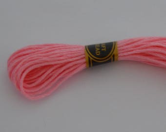 2 small cotton balls of 8 m/P color pink