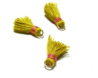 PAX 10 MINI tassels passementiere charm with 18mm old yellow and salmon PS11101835 wire ring