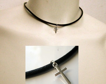 Leather and sterling silver cross N3180 necklace