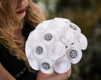 Wedding Bouquet - Bridal Bouquet - Paper Flower Bouquet - Wedding Bouquet Alternative - Brooch Bouquet - Wedding Centerpiece - White Flowers