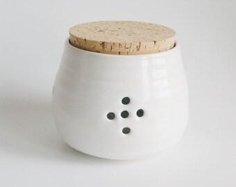 Ceramic garlic jar Housewarming gift ceramic kitchen canisters garlic jar pottery garlic jar handmade ceramic garlic keeper