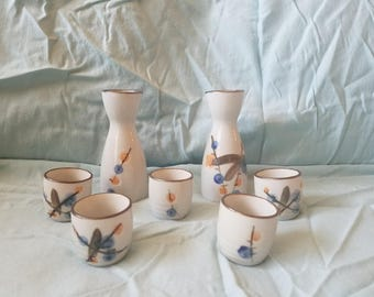 Vintage hand painted 7 piece sake set