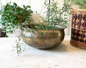 Vintage Hollywood regency Hammered Brass Planter , Succulent planter