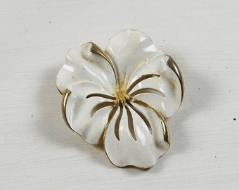 Vintage White Enamel Flower Brooch