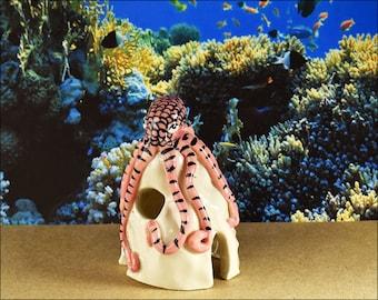 Aquarium ornaments Octopus figurine glazed porcelain for fun fish tanks Aquatic creatures fish cave hide aquarium decor