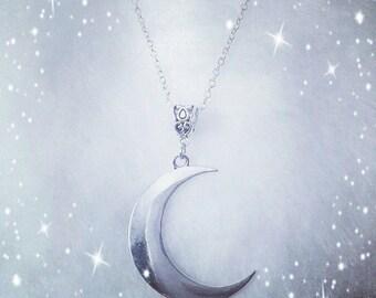 Croissant de Lune Necklace