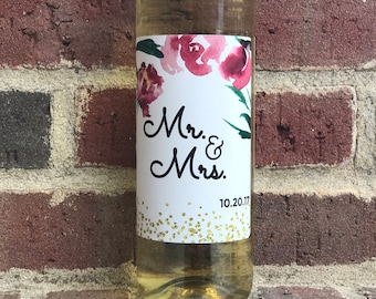 Personalized Wedding Wine Label - Custom Wedding Gift - Wine Sticker – Mr. and Mrs. - Bride - Bridal Shower Gift - Gift for Couples