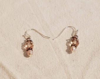 Drop earring Czech glass, Austrian Crystal and freshwater pearl.