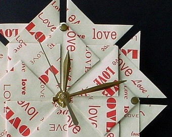 Great Valentine's Day Gift - Valentine's Gift for Him/Her - 1st Anniversary /Wedding Gift - Origami Love Clock - Red