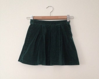 Girls/vintage/skirt/emerald/green/velour/pleated/5 years/sustainable kids clothing