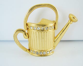 Vintage gold watering can brooch with clear rhinestones (GG4)