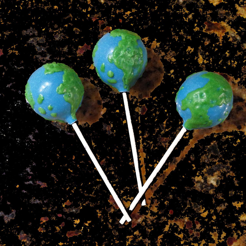 Globe cake pops earth day cake pops world map cake pops bon zoom gumiabroncs Gallery