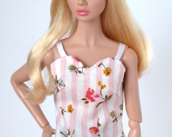 Pink and white strap blouse for Poppy Parker and Barbie Made to Move, Model Muse, Pivotal or New Silkstone