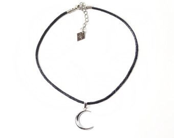 Moon Necklace | Crescent Moon Necklace | Lunar Pendant | Silver Jewelry | Occult | Witchy | Kadabra | LUNARIOUS CRESCENT MOON Necklace