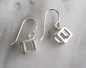 Sterling Silver Cube Dangly Earrings, Minimalist Dangly Earrings, Dangly Earrings, Sterling Silver Cube Dangly Earrings, Cube Dangly Earring