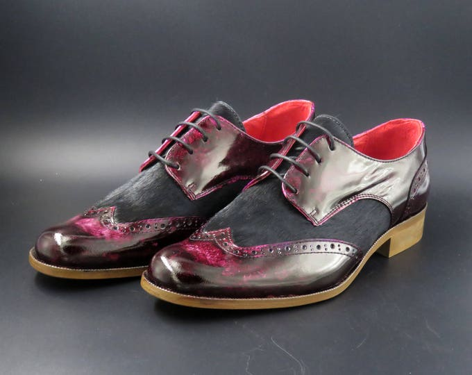 Featured listing image: Leather women patina shoes | Burgundy and black