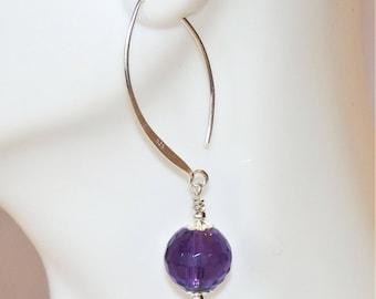 Amethyst Dangle Earrings, Silver Amethyst Earrings, Purple Amethyst Earrings, Purple Dangle Earrings, Long Silver Earrings, Minimalist