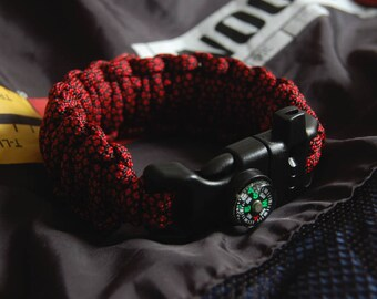 Survival bracelet with compass and whistle - Paracord bracelet - Woven bracelet - Macrame bracelet - King Cobra