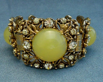 Chunky Selro Yellow Lucite & Rhinestones Bracelet Wide Flower Links