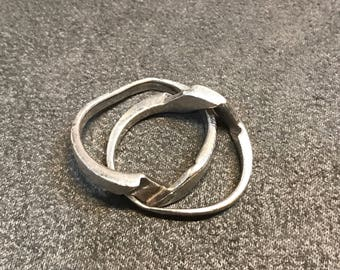size 7, vintage Sterling silver handmade ring, solid 925 silver entwined band, stamped 925