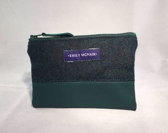 """Green """"Mabel"""" Coin and Card Purse Wallet in Wool and Leather."""