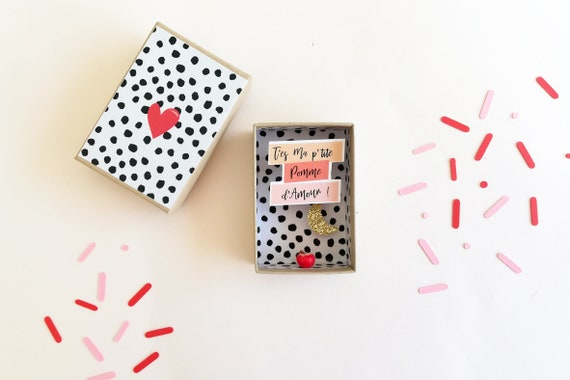 Hearts diorama small message box - Valentin gift - Valentine gift - valentine's day - love gift - Little gift for her - little gift for him