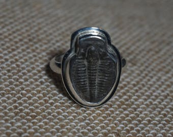 Free Sizing! Sterling silver Trilobite fossil ring