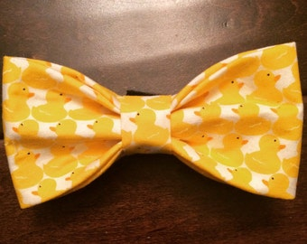 Bow Tie or Flower Collar Attachment & Accessory for Dogs and Cats / Yellow Rubber Ducks