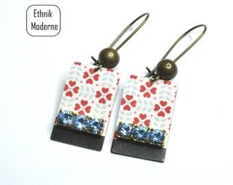 Earrings blue rhinestone vintage pattern