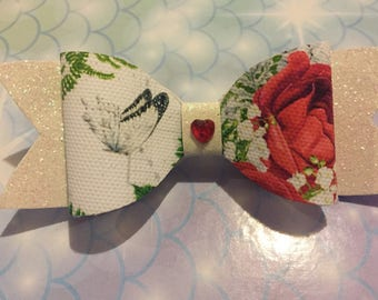Enchanted rose bow