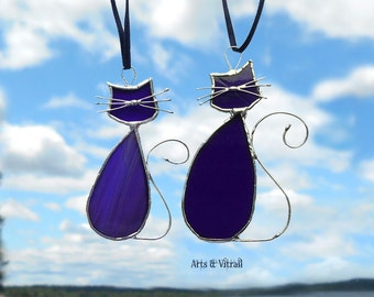 Stained glass purple cat suncatcher - cats lovers MADAME-MONSIEUR - lovers cats - cat glass - cat family - beautiful cat