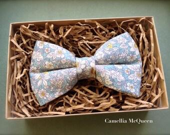 Men's bow tie, boys' bow tie, powder blue floral bow tie
