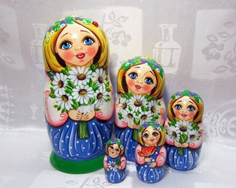 Matryoshka doll, Russian nesting dolls, Matryoshka, Babushka, Nesting Dolls, Russian doll set, Dolls in dolls, Russian folk dolls,Matriochka
