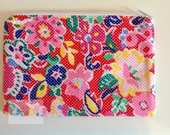 "7"" Make Up Bag  - Red Multicoloured Floral     -  Gift for Her, Gift for Wife, Gift for Women , Gift for Mum"