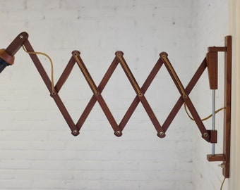 Vintage wooden scissor lamp / harmonica lamp, mid century design lamp,accordion lamp 60s