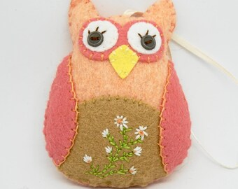 Felt Owl Ornament Hand Embroidered and Hand stitched, Wool Felt Ornament, Felt Owl Decoration , one of a kind Owl gift