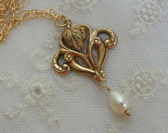 Antique Lavalier Pendant Genuine Pearl Drop Necklace  . Tri Colored Gold Pendant - 14K Gold Filled Chain