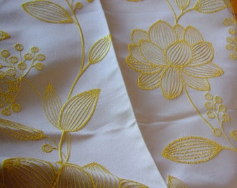 Jacquard woven flowers yellow white upholstery fabric * 1.40 m x 1 m * mint condition