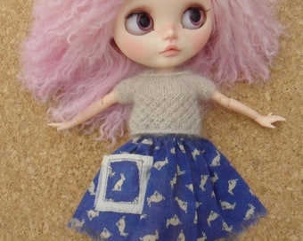 BLYTHE DOLL -- Made for Blythe a Blue Bunny Skirt and Knit Top --