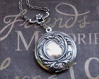 Locket Necklace Silver Womens Locket Wedding Locket Picture Photo Jewelry  Bridesmaid Locket Silver Necklace Christmas Valentines Day Gift