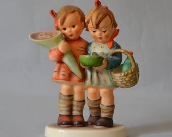 Hummel Goebel Going to Grandma figurine 52