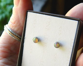 Welo Opal Stud Earrings in Fine Silver, Sterling Silver Stud Earring, 4mm Natural Ethiopian Opal E133